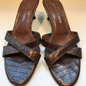 Donald J. Pliner, Kitten Heel Leather Slides